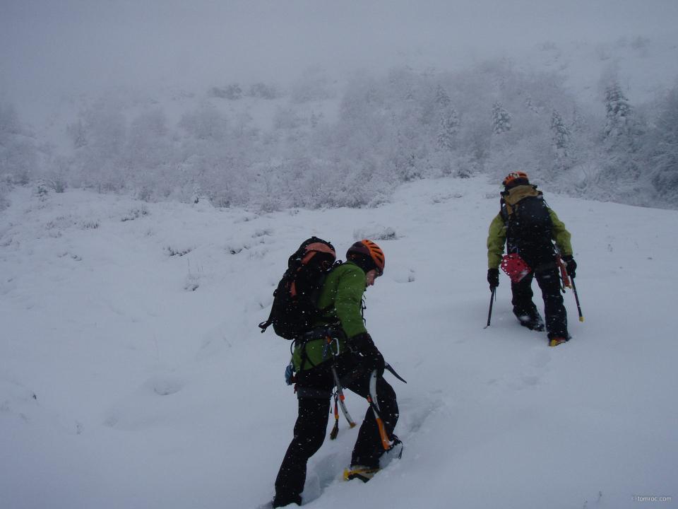 attaque de la montée vers le Puy Bataillouse