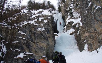 Cascade de glace à Ceillac, Freissinières et Les Orres