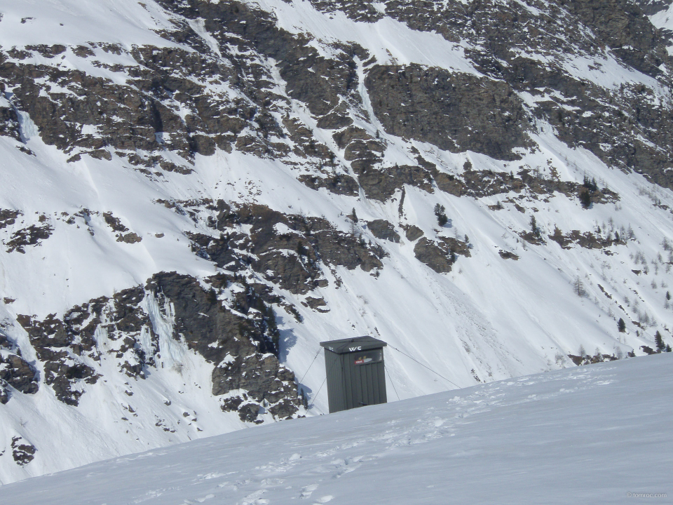 WC extérieurs du refuge du Viso