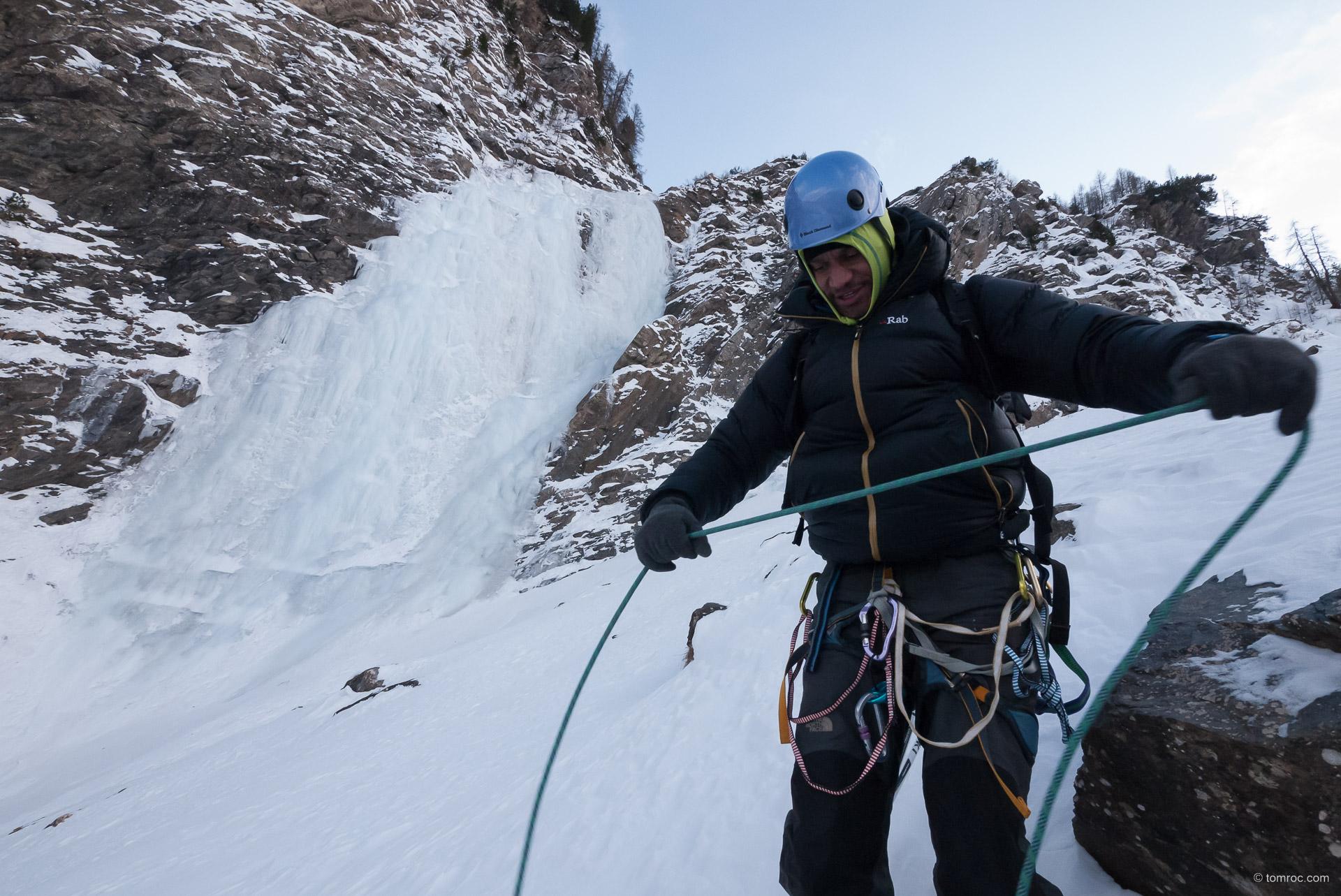 Cascade de glace au Fournel avec Franck