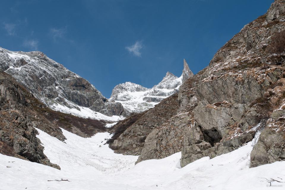 Apparition de la Dibona lors de la montée au refuge du Soreiller.