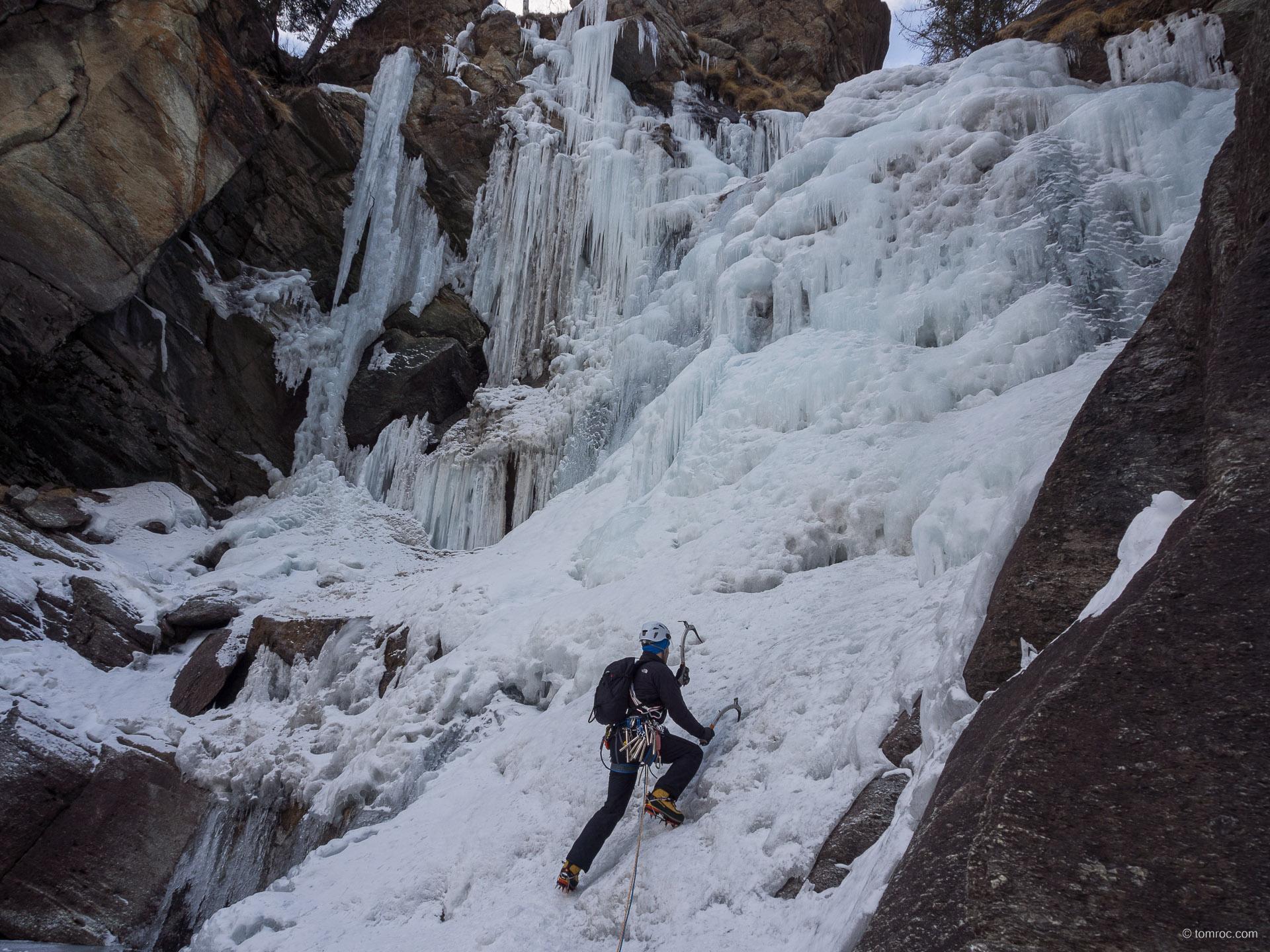 Cascade de glace à Cogne avec Mickaël